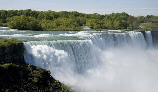 Die beeindruckenden Wasserfälle Nordamerikas.