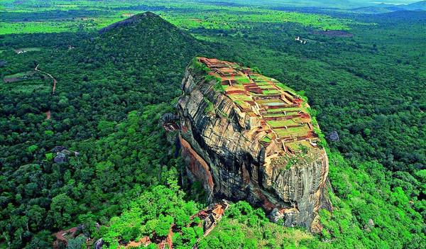 Ein Monolith auf Sri Lanka