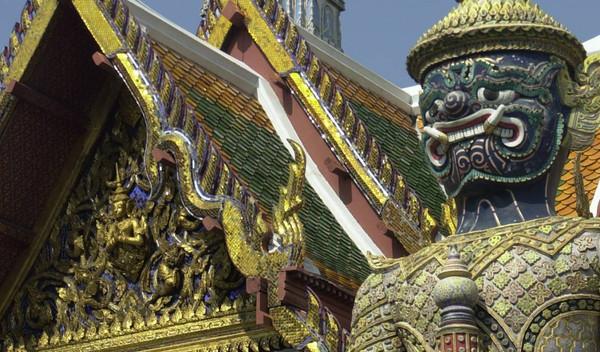 Dubai und Thailand Reisekombination